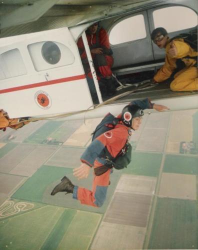 Bart als Parachutist